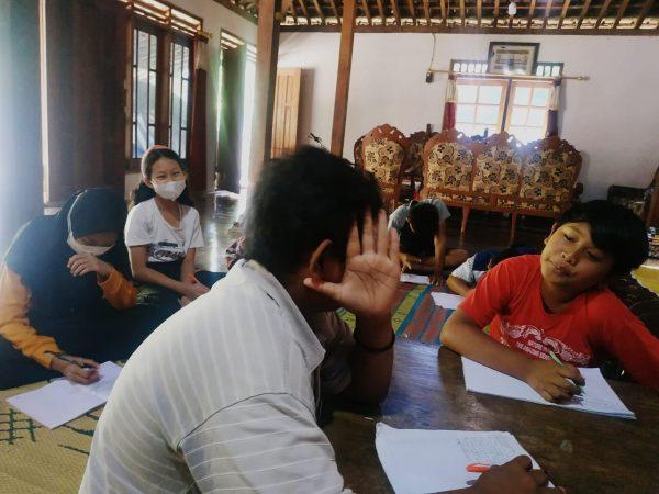 Kisi Kisi Ujian Sekolah Bahasa Indonesia